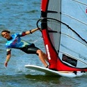 """Windsurfing…wiatr, prędkość, swoboda… Nauka i """"ślizgi"""" nad polskim morzem"""