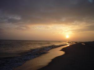 wschód słońca nad morzem zachód słońca