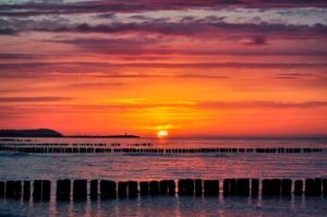Zachód słońca nad morzem....