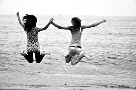 wakacje nad morzem www.czasnadmorze.pl- 467-radość-i-fascynacja-Świnoujście-dzieci-kochają-Bałtyk