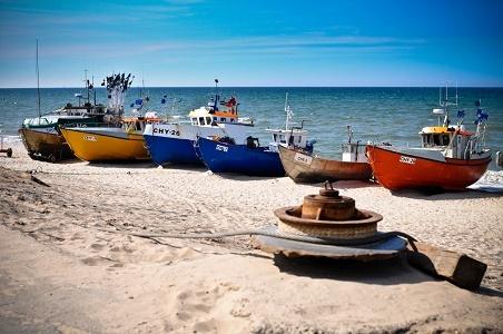 www.czasnadmorze.pl -Bałtyk wakacje rybacy wyginęli - 117-w-rybackim-porcie-Chłopy-plaża-wakacje